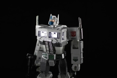 ultramagnus_mp10_b
