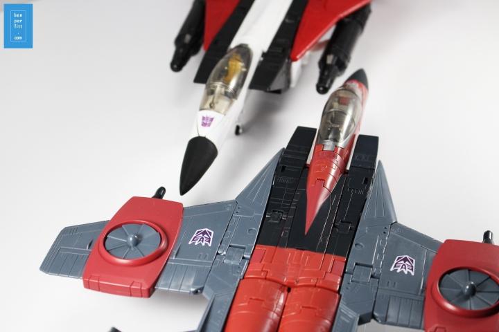 thrust_b